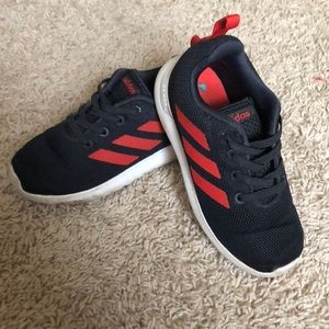 Adidas little boys sneakers